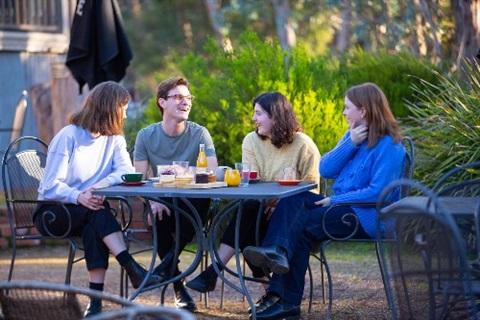 outdoor-dining-web.jpg